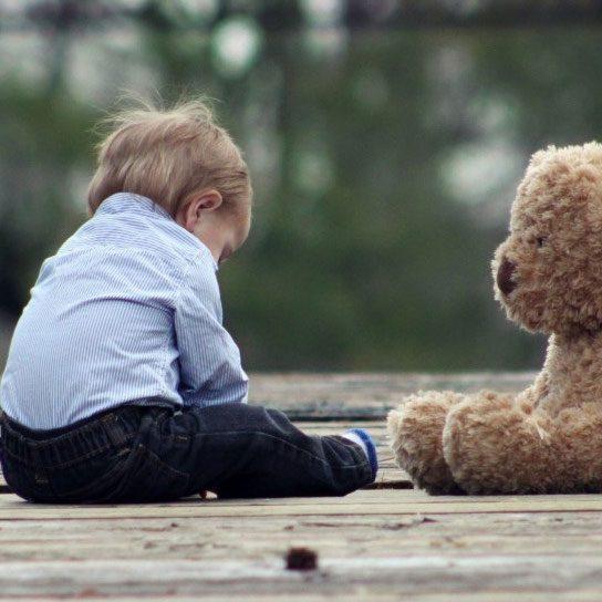 Scheidingsbegeleiding Lex Schreuder Kind op brug